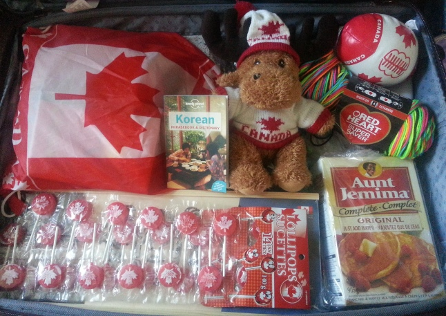 Here is one of my very packed suitcase filled with Canadian souvenirs. Do you think my Korean students and teacher trainees will like them? :)