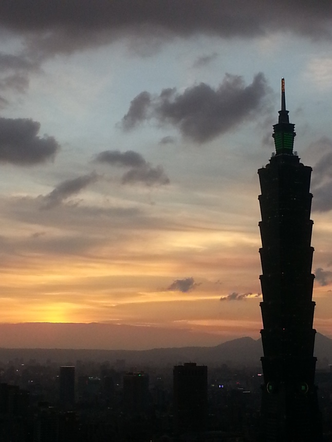 sunset_taipei101